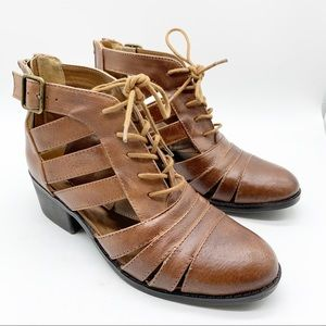 STEVE MADDEN AREA CAGED ANKLE BOOTIE SIZE 5.5
